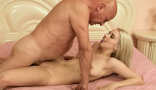 Nesty gets her bald twat drilled by his grey bone and gets a creampie