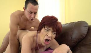 A granny is screwed by her young partner that loves old cunt
