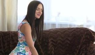 Kira Zen & Yenna Black in Brunette besties erotic try-out - Girlfriends