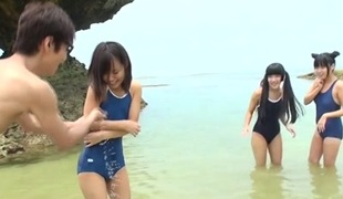 Diminutive Teens In Beach Orgy - JapansTiniest