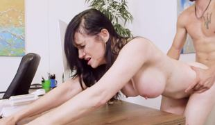 A hot dark brown gets a dick in her pussy and that babe also feels it in her mouth