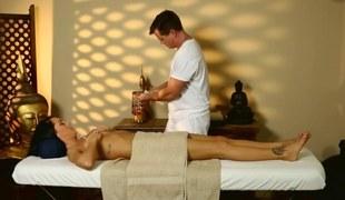 Sunless porn star talked into convulsive the brush masseurs fat blarney