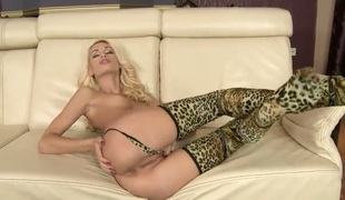 Blonde chachita Erica Fontes cant restraint touching their way fuck hole